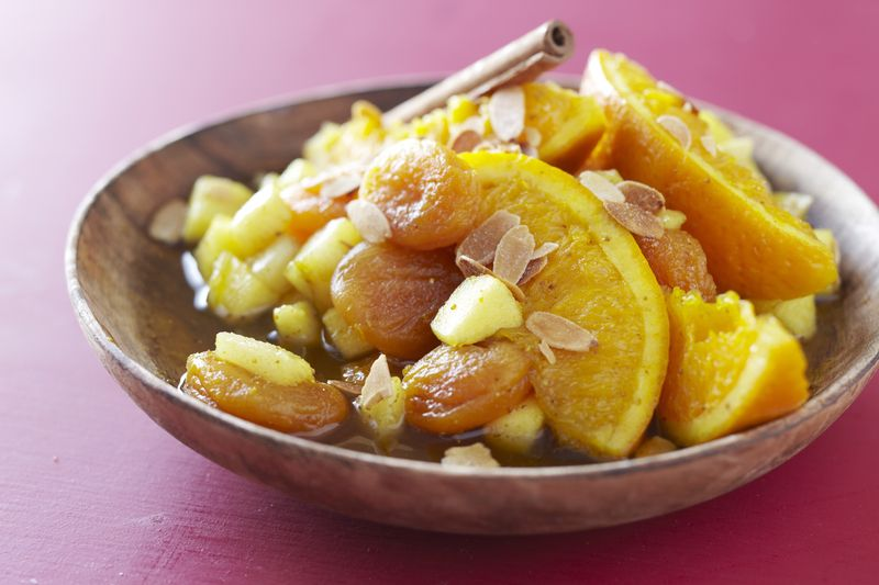 Tajine de fruits au Ras el hanout et abricots secs