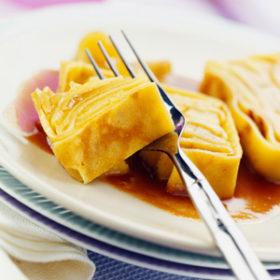 Gâteau de crêpes aux pommes Ariane au caramel de cidre