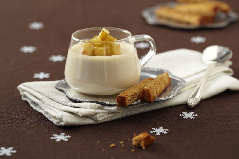 Panna cotta au foie gras, pommes Ariane caramélisées et mouillettes de pain d'épice
