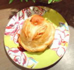 Bourdelot à la pomme et caramel au beurre salé - Ariane
